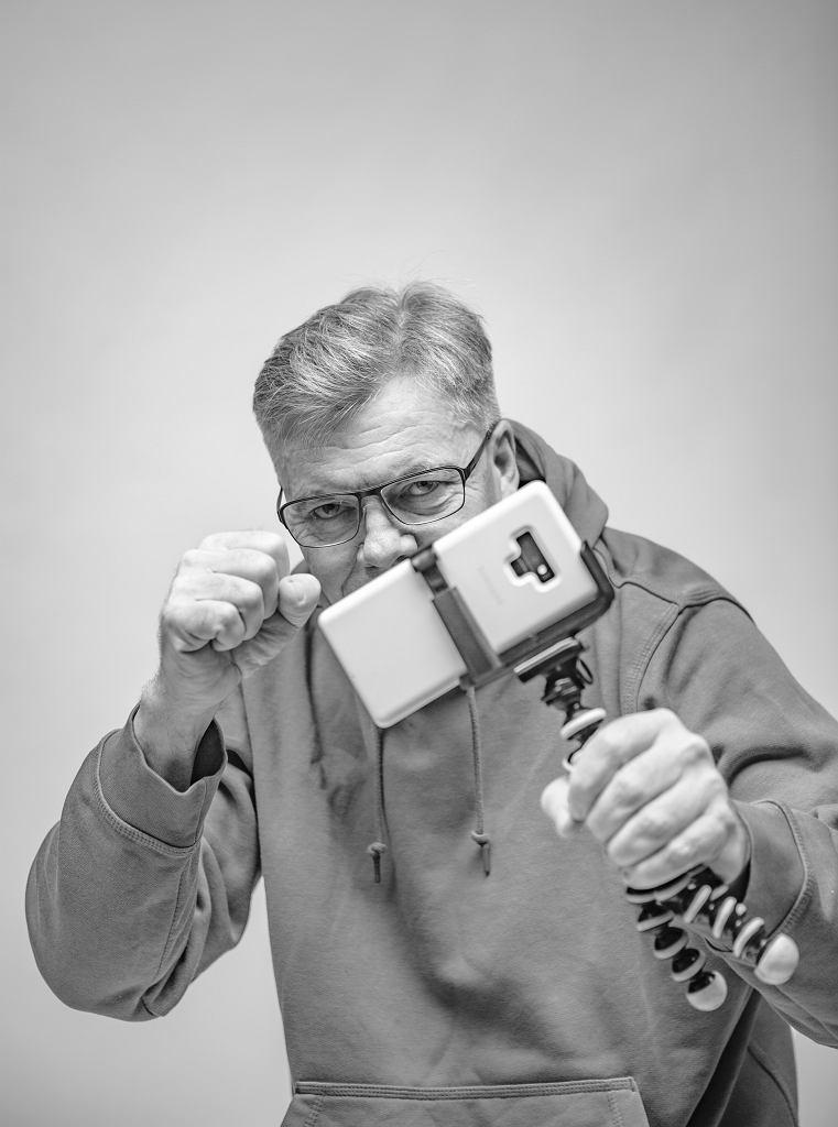 Jacek Kurzątkowski, autor kanału 'Jak to ogarnąć?'