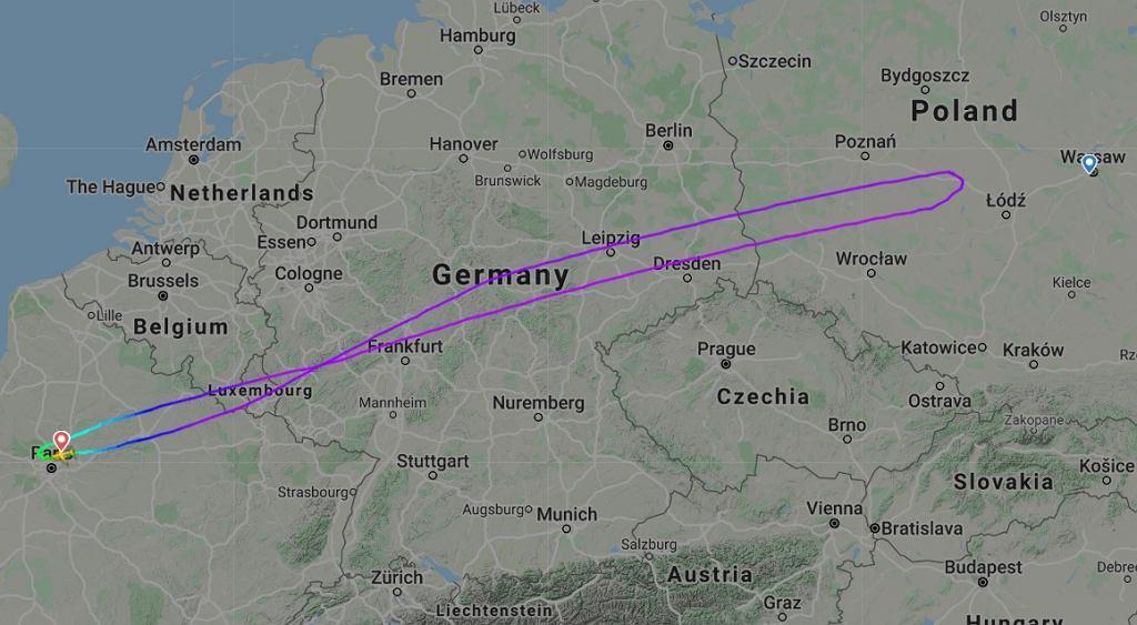 Lot Air France z Paryża do Warszawy zawrócił krótko przed lądowaniem