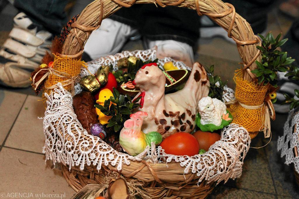 Przerwa świąteczna - Wielkanoc 2021. Dłuższe wolne spędzimy zamknięci w domach?