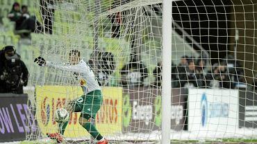 Lechia - Korona 3:2. Paweł Buzała właśnie strzelił gola strzałem z 28 centymetrów