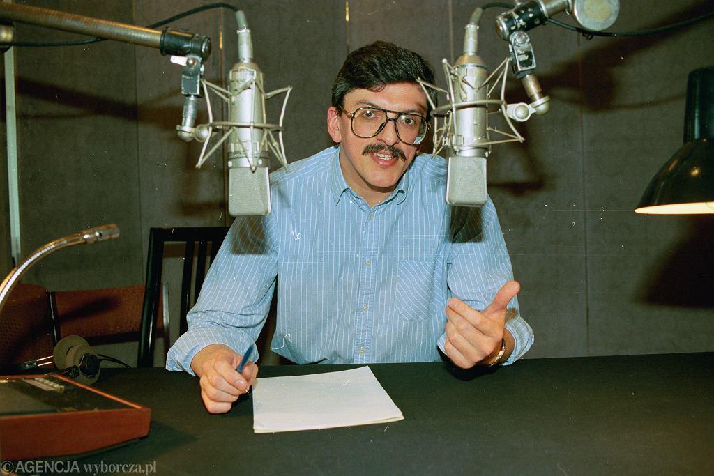 Marek Niedźwiecki w studiu Programu III Polskiego Radia. Warszawa, Myśliwiecka, 25 marca 1992