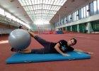 Core training. Ćwiczenia dla biegaczy z piłką gimnastyczną