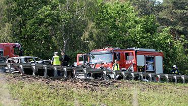 Tragiczny wypadek na drodze S3/A6, w którym zginęło sześć osób