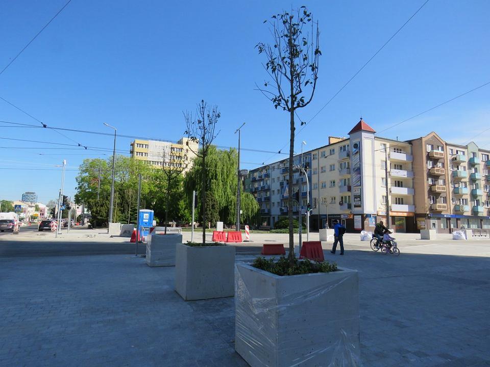 Skrzyżowanie ul. Sikorskiego i Chrobrego, koło katedry. Przebudowa, maj 2020 r.