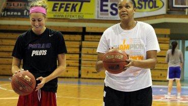 Z koszykarskim zespołem KSSSE AZS PWSZ Gorzów trenuje już amerykańska środkowa Kelley Cain