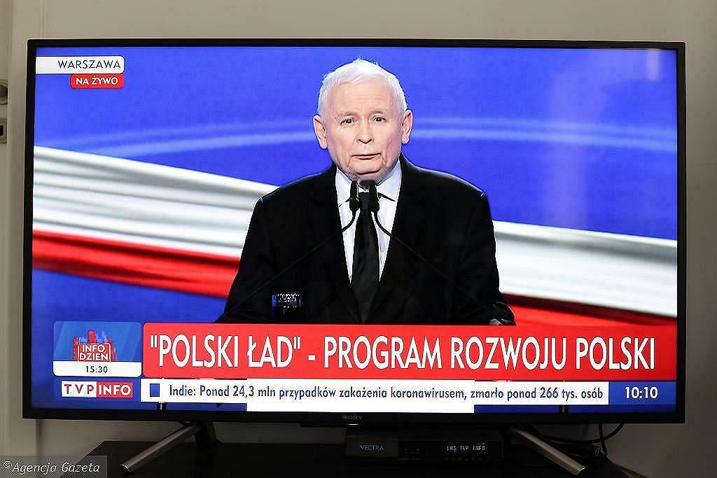 Rada Przedsiębiorczości punktuje Polski Ład. 'Rodziny w wieku produkcyjnym stracą 6,2 mld zł'. Na zdjęciu Jarosław Kaczyński
