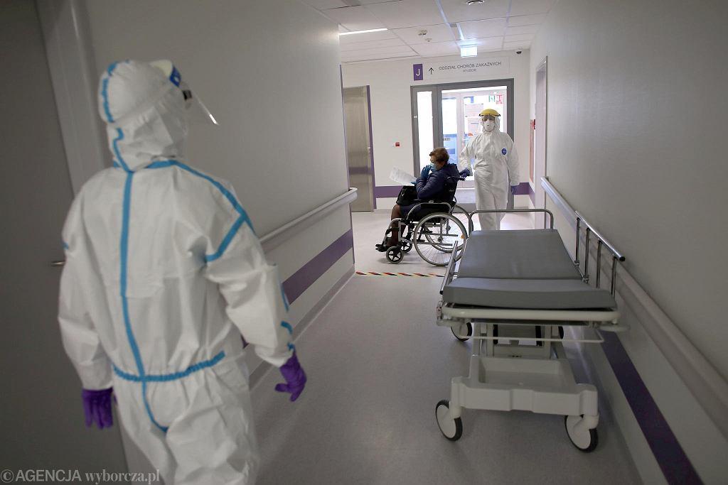 Pandemia koronawirusa. Oddział zakaźny.