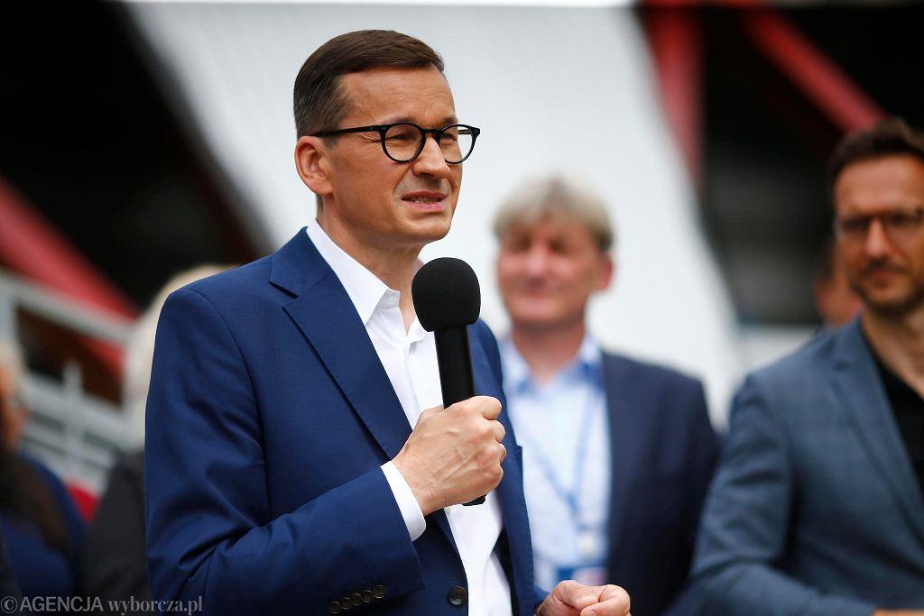 Premier Mateusz Morawiecki spotkał się w Zgierzu z mieszkańcami.