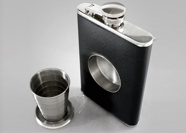 The Shot Flask. Cena: 20 funtów
