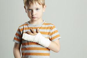 Stłuczony palec, czy może wybity lub złamany?