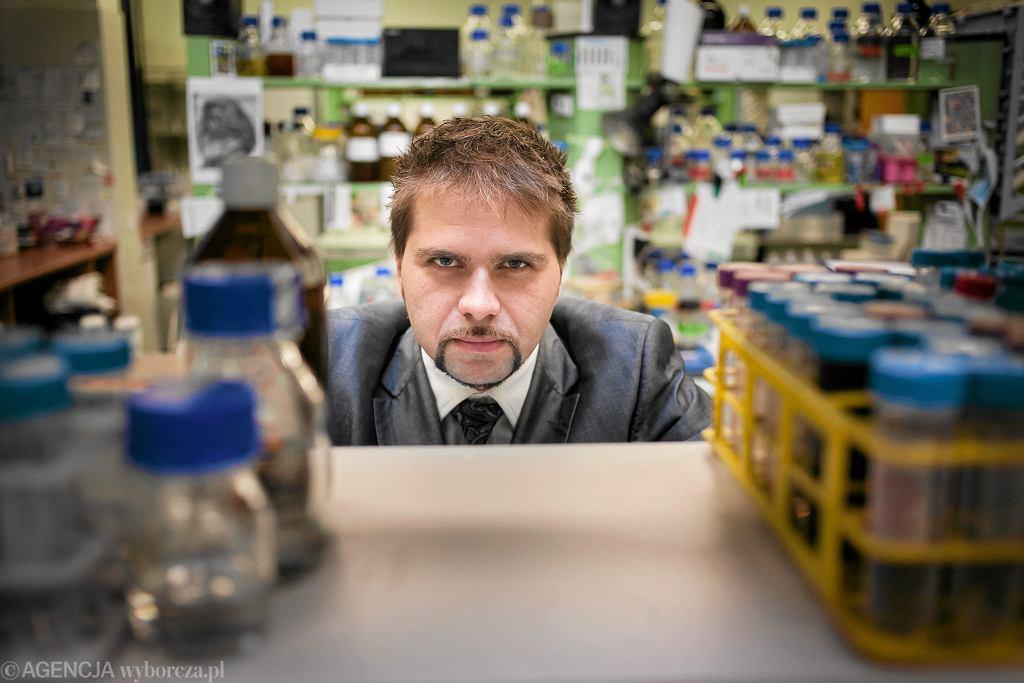 Prof. Krzysztof Pyrć z Uniwersytetu Jagiellońskiego
