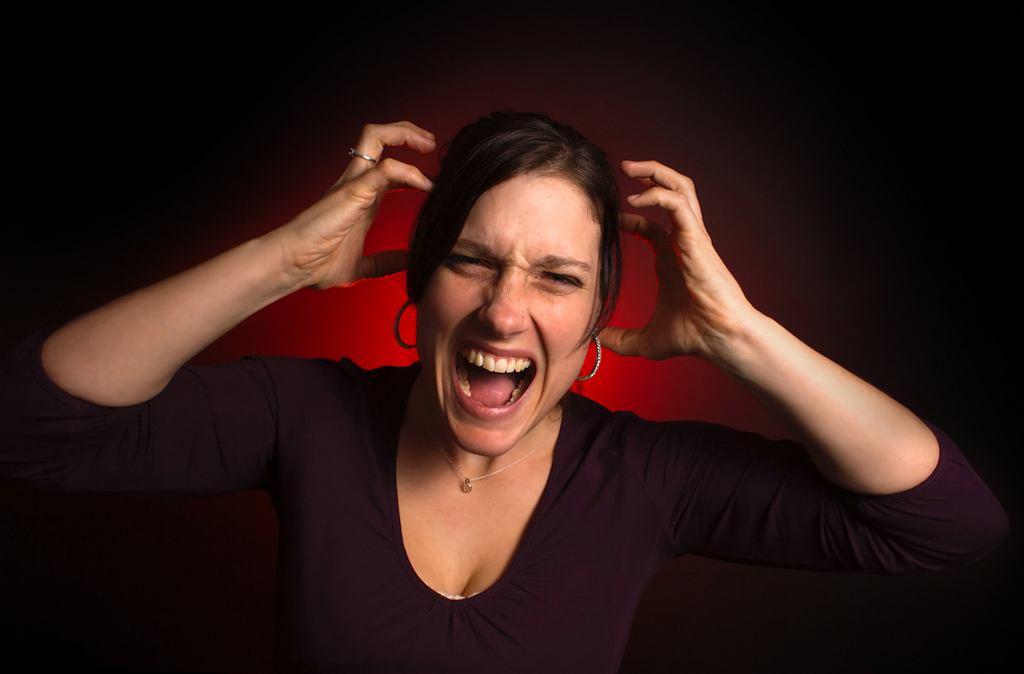 PMS, czyli napięcie przedmiesiączkowe to zmora wielu kobiet