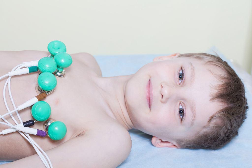 Choroby serca u dzieci to coś, czego nie wolno bagatelizować. Co powinno niepokoić? Jak wygląda diagnostyka i leczenie?