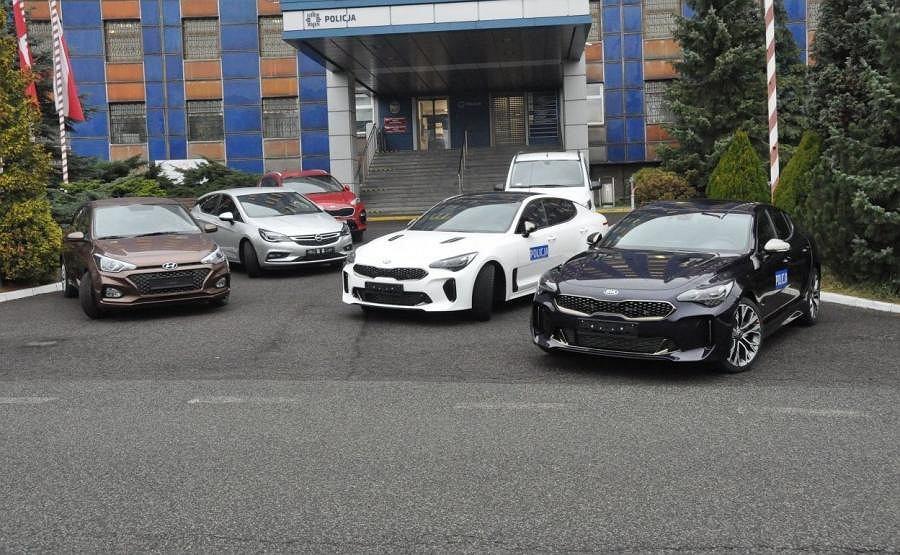 Nowe radiowozy polskiej policji