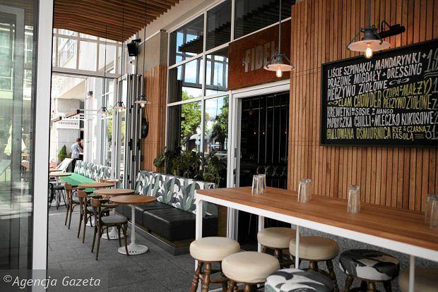 Zdjęcie numer 7 w galerii - Ten lokal specjalizuje się w koktajlach z rumu i daniach kuchni karaibskiej