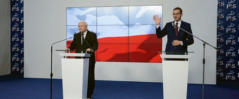 """Kaczyński chwali premiera po szczycie. """"Uniknęliśmy niebezpieczeństwa"""""""