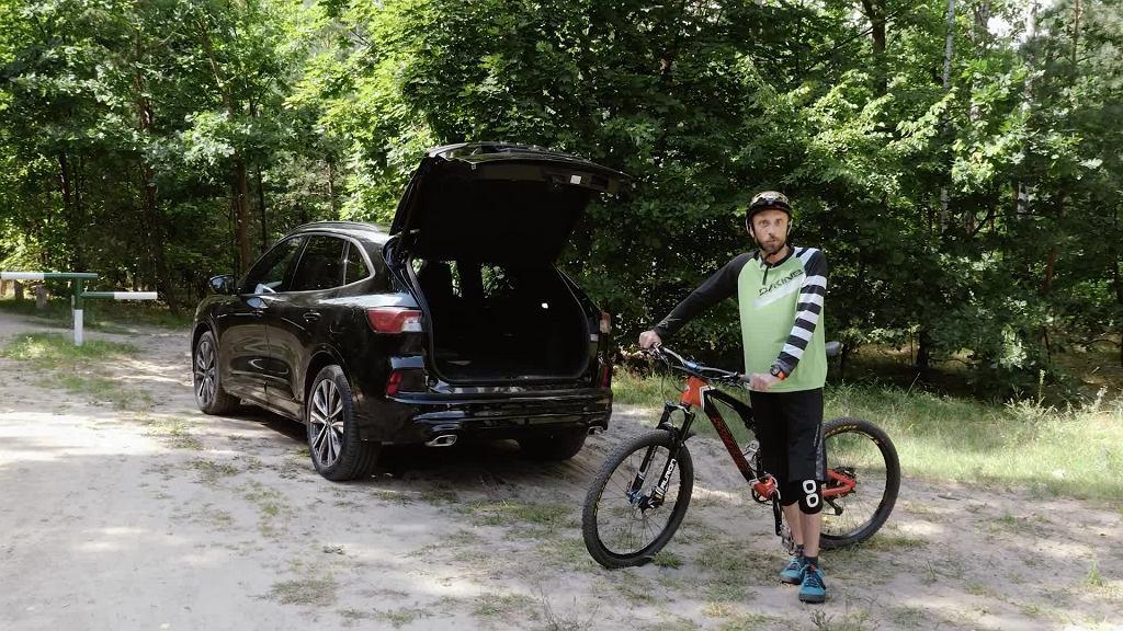 Ford Kuga Plug-In Hybrid - jeden dzień za miastem, Łukasz Kifer
