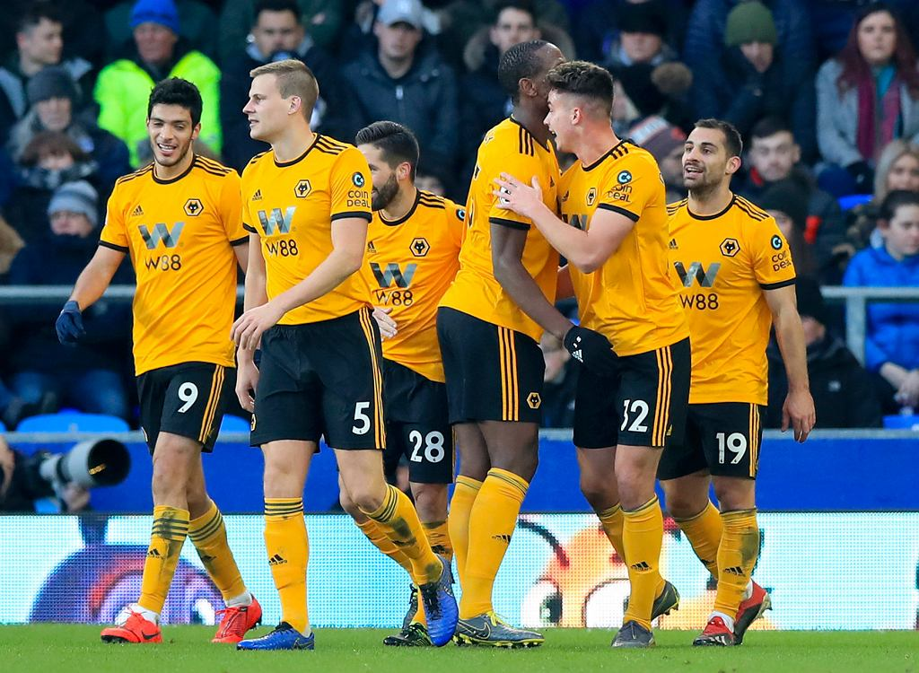 Reklama CoinDeal znajduje się m.in. na rękawach koszulek piłkarzy Wolverhampton