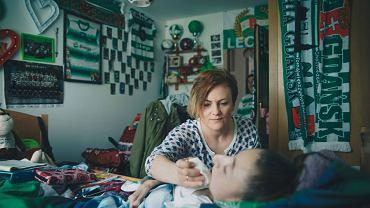 Katarzyna Kałduńska i Ilona, którą - jak większością podopiecznych - opiekuje się w jej pokoju