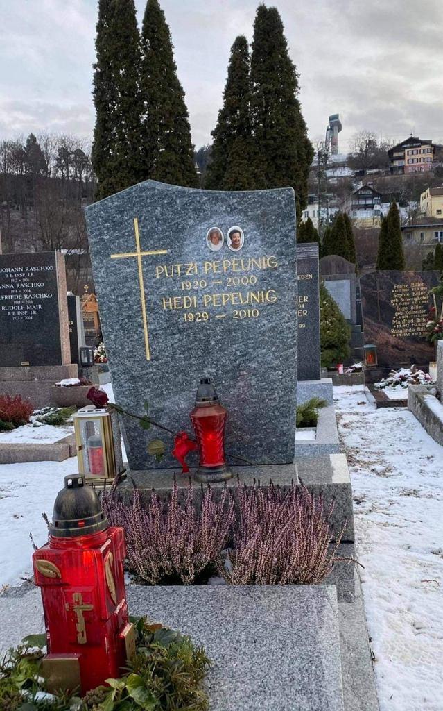 Grób Emmericha Pepeuniga na cmentarzu Wilten Friedhof