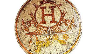 Logo z klasą: Hermes wysłannik bogów luksusu