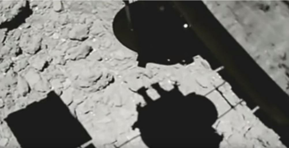 Hayabusa 2 ląduje na Ryugu