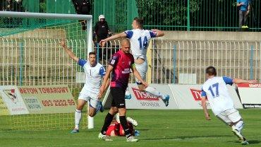 Runda wstępna Pucharu Polski w piłce nożnej: Stilon Gorzów - Kotwica Kołobrzeg 3:2 (2:0)