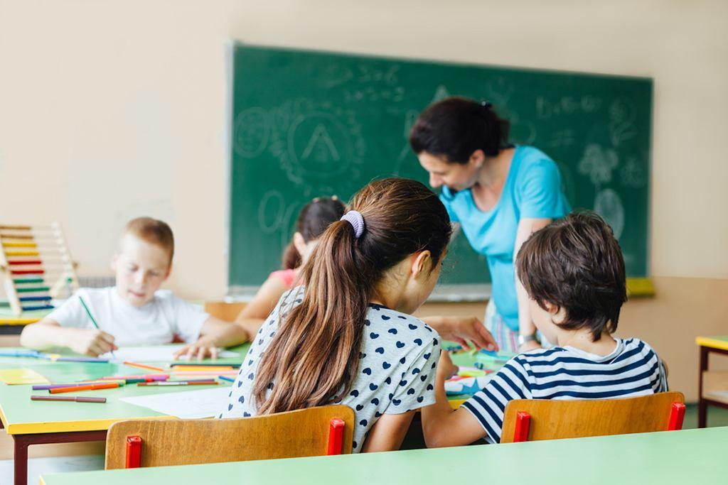 Materiały na lekcje są potrzebne, skąd je brać?