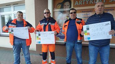 Koronawirus. Protest pod szpitalem w Łomży