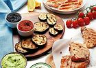 Uczta z grilla, czyli 3 najlepsze potrawy z rusztu podane z 5 sosami