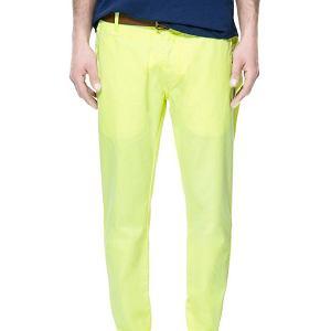 Spodnie z kolekcji Zara. Cena: 129 zł (wcześniej 199 zł)