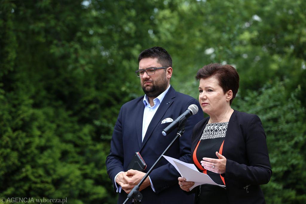 Prezydent Warszawy Hanna Gronkiewicz-Waltz i wiceprezydent Jarosław Jóźwiak