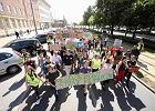 """""""Nieodpowiedzialni politycy zostawili nam świat z terminem ważności"""". Młodzieżowy Strajk Klimatyczny w Szczecinie"""