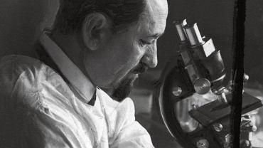 Prof. Rudolf Weigl (1883-1957), polski biolog, który w czasie II wojny światowej kierował we Lwowie instytutem produkującym szczepionkę dla armii niemieckiej