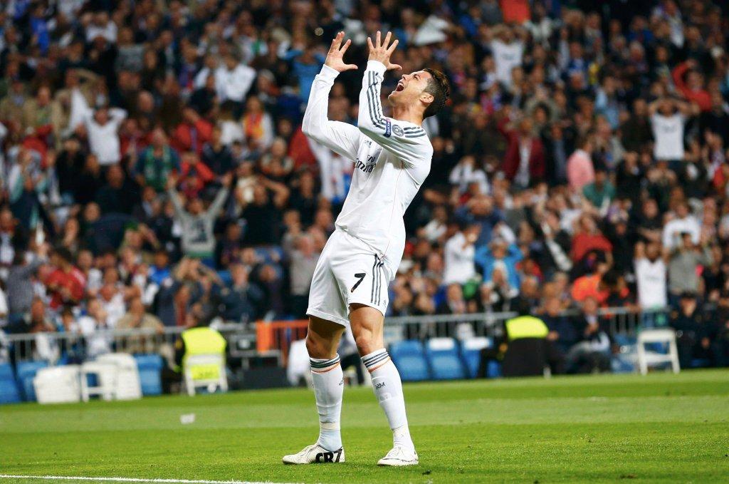 Cristiano Ronaldo pobiera 18 mln euro pensji rocznie