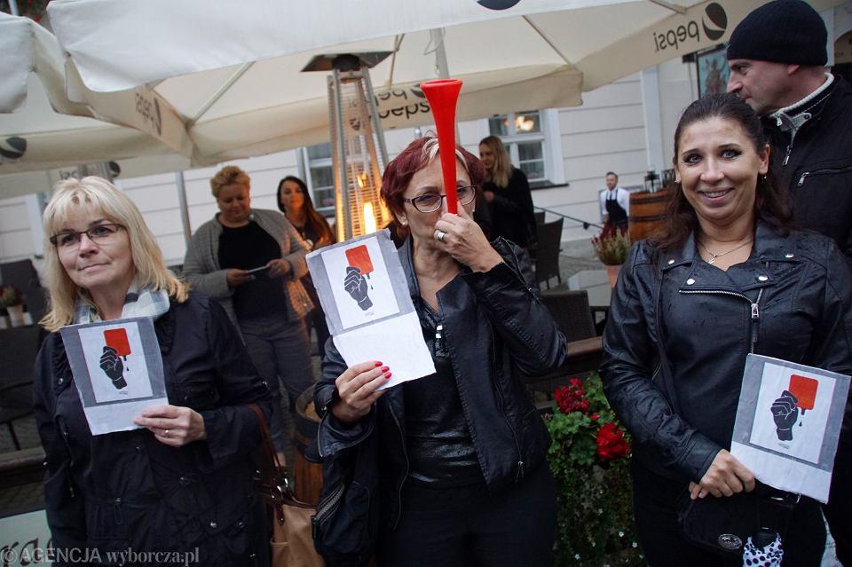 Zdjęcie numer 38 w galerii - Czarny protest w Zielonej Górze: