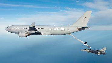 Australijski A330 MRTT podczas tankowania amerykańskiego F-16