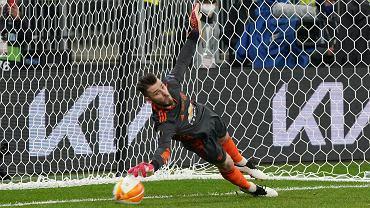 Finał Ligi Europy Villarreal - Manchester United. David de Gea przepuszcza do bramki kolejny rzut karny