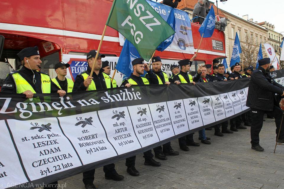 Protest służb mundurowych w Warszawie
