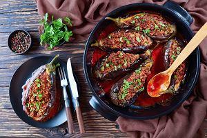 Bakłażan na grillu czy bakłażan faszerowany mięsem mielonym? Genialne przepisy na dania z bakłażanem