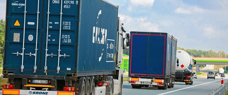 Tiry zaleją polskie drogi? Nowe przepisy budzą skrajne oceny