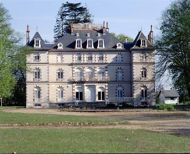 Opuszczony pałacyk Château de la Valette