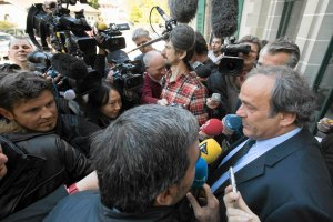 Mundial 2022. Blatter oskarża w swojej książce. Na wyborze Kataru zyskali we Francji? Platini i Sarkozy zamieszani