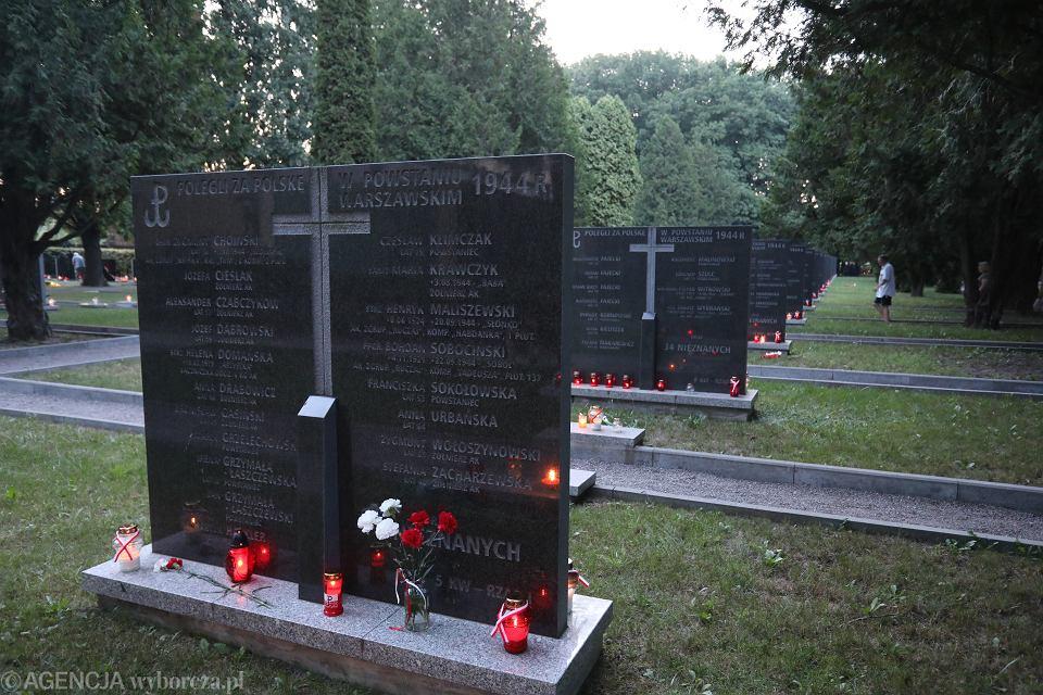 Cmentarz Powstańców Warszawy na Woli.