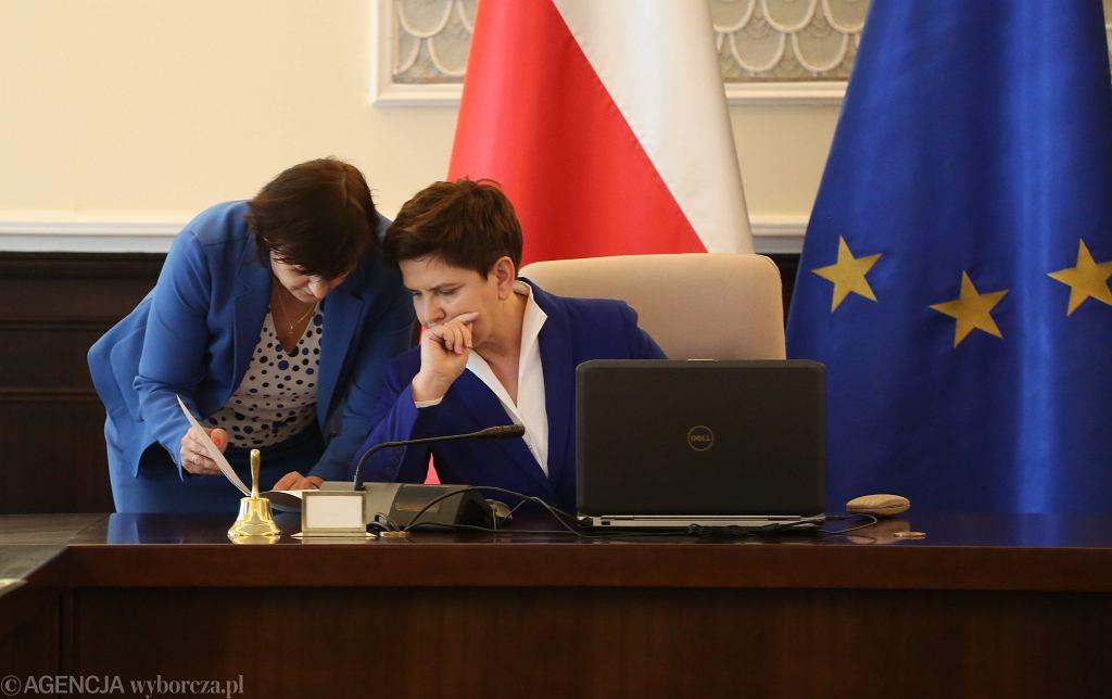 Beata Szydło na posiedzeniu rządu PiS