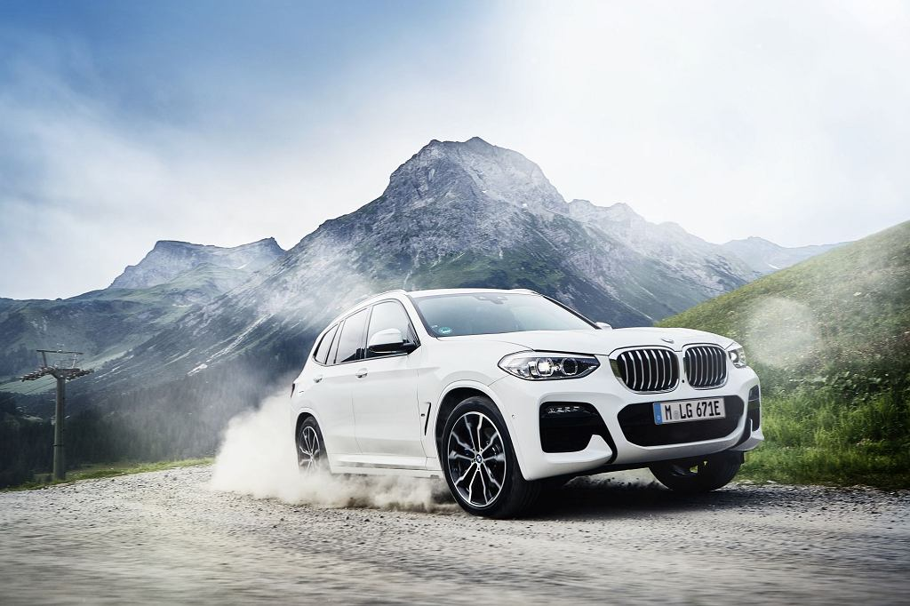 BMW X3 xDrive30e hybryda plug-in