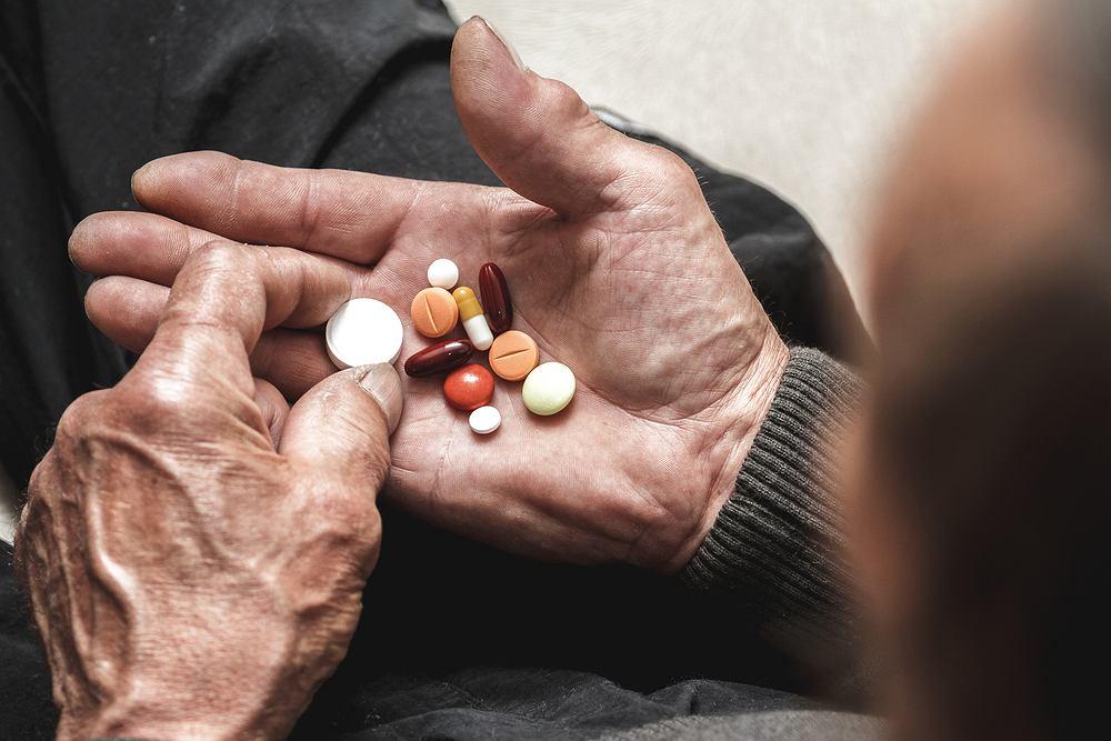 Niektóre preparaty ziołowe i suplementy mogą zakłócać działanie leków przeciwnowotworowych