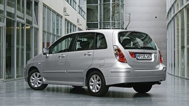 Suzuki Liana (2004-2007)