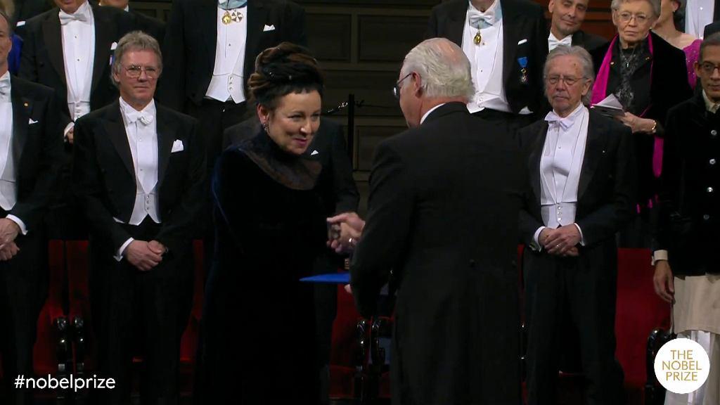 Olga Tokarczuk odbiera Nobla