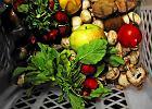 Polacy marnują żywność na potęgę. Unia Europejska obliguje nas do zmian
